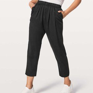 Size 6 - Lululemon Can You Feel The Pleat Pant *25